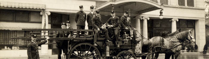 Wilmette Fire Department fire engine, 1915